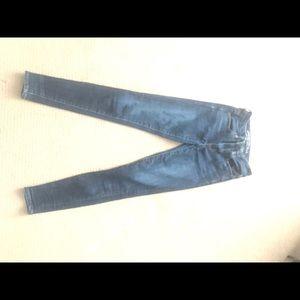 American eagle ladies size 2 skinny jeans